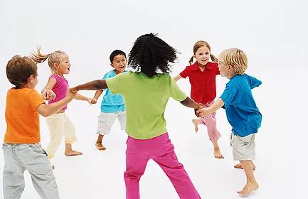 Jogos e Brincadeiras na Educaçao